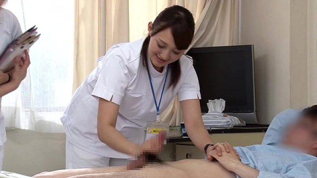 หนังโป๊มีเนื้อเรื่อง พยาบาลตรวจควยคนไข้แข็งโด่